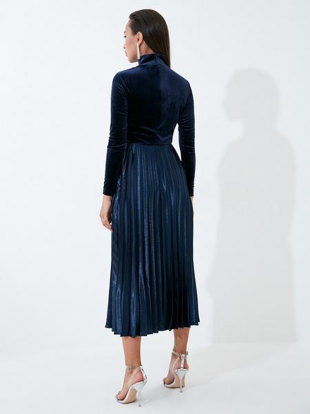 Бархатное платье - фото 8