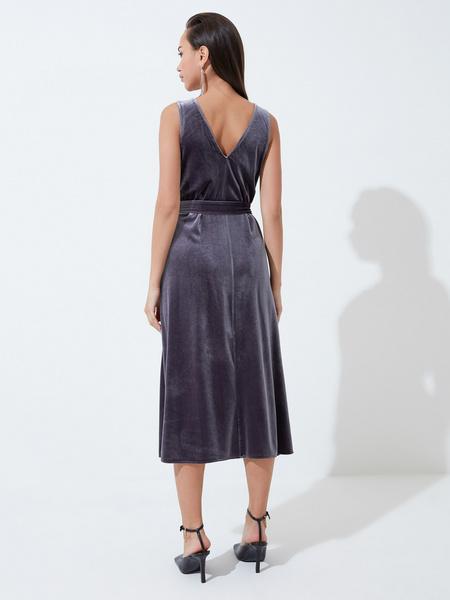 Бархатное платье с треугольным вырезом - фото 4