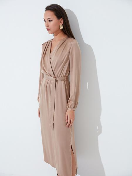 Атласное платье с поясом - фото 4
