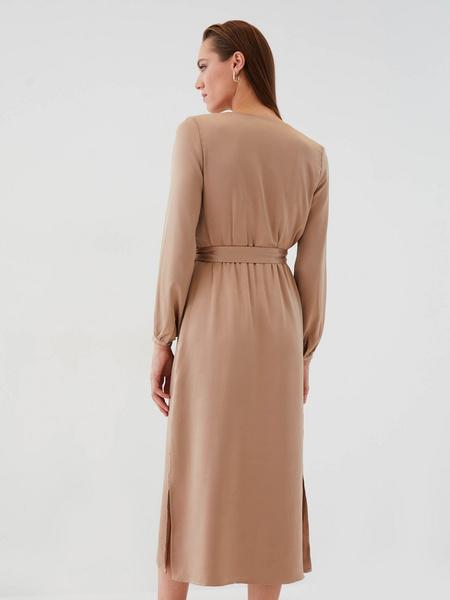 Атласное платье с поясом - фото 7