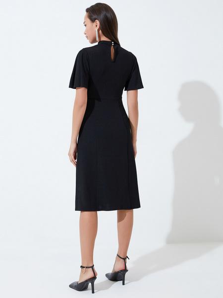 Платье со сборкой на груди - фото 6
