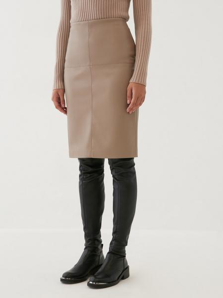 Облегающая юбка из экокожи - фото 1