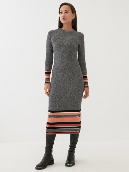 Трикотажное платье в рубчик - фото 2