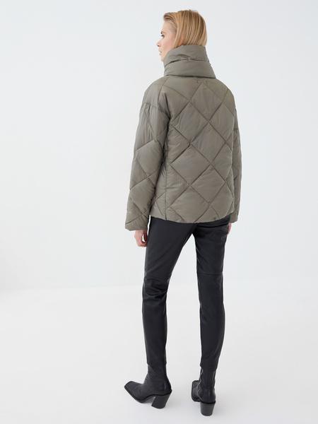 Стёганая куртка - фото 8