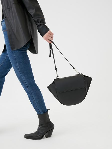 Закругленная сумка-тоут
