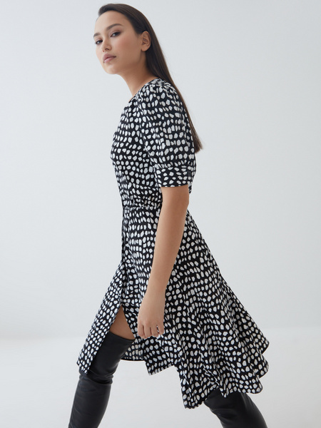 Платье на пуговицах - фото 1