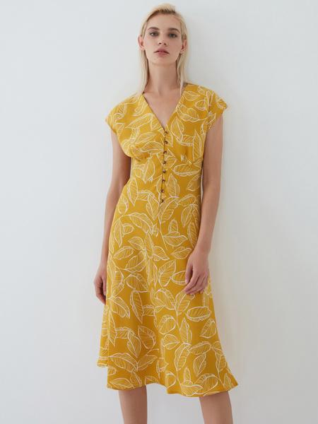 Платье на пуговицах - фото 8