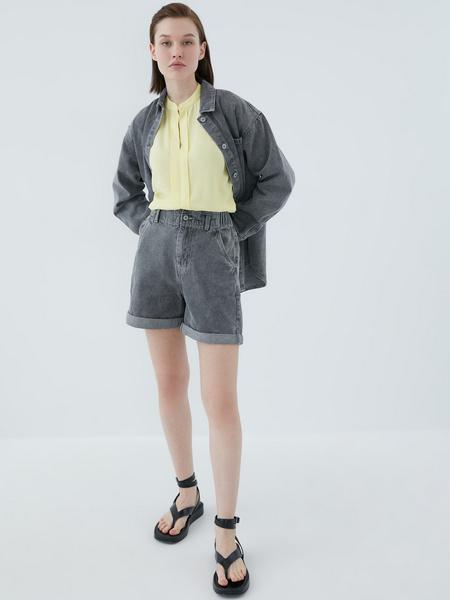 Блузка с ажурной вставкой - фото 11