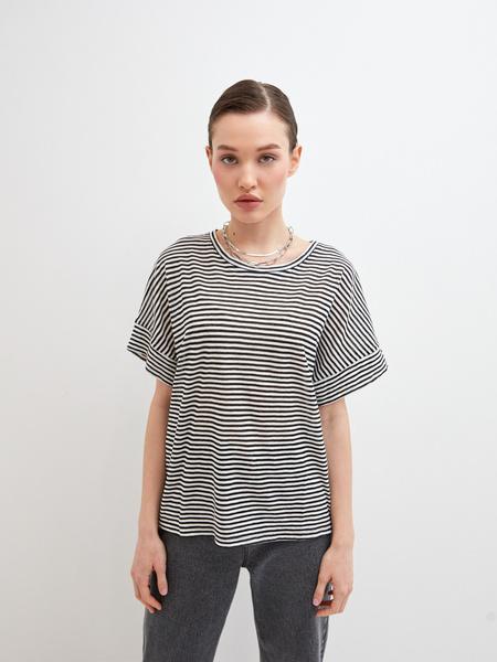 Полосатая футболка - фото 1