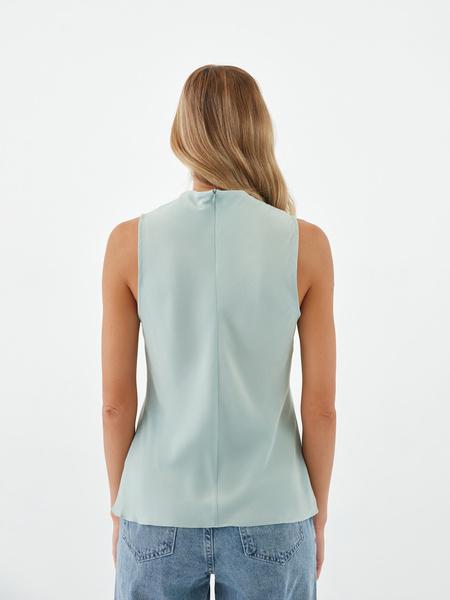Блузка с драпировкой - фото 10