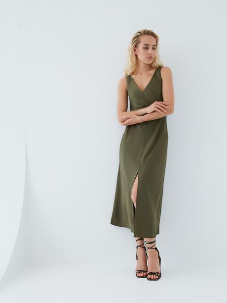 Струящееся платье - фото 10