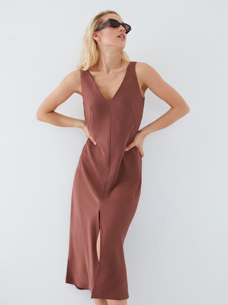 Струящееся платье - фото 13