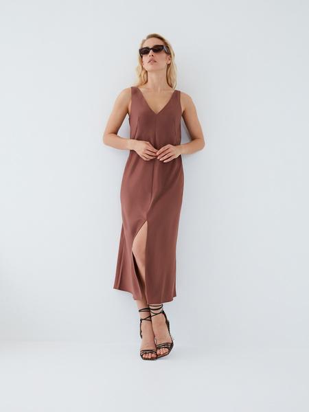 Струящееся платье - фото 14