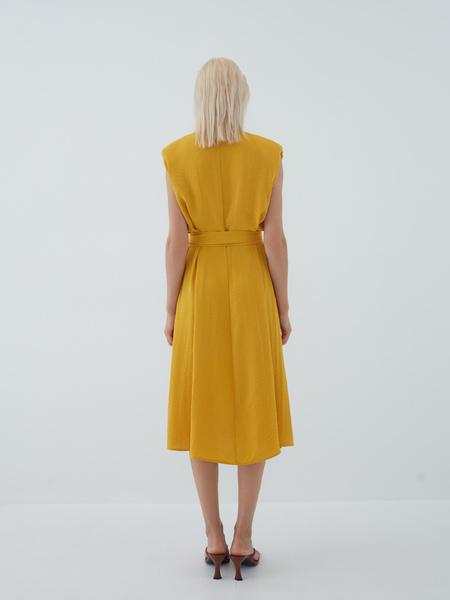 Платье с подплечниками - фото 14