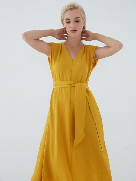 Платье с подплечниками - фото 4