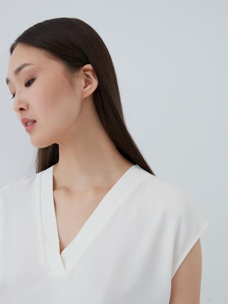 Блузка с вырезом - фото 5
