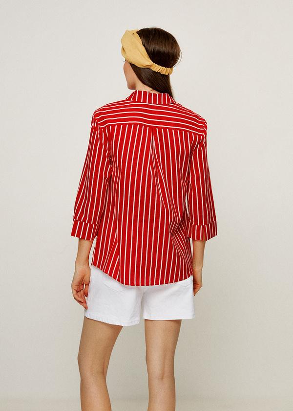 Фото 4 - Женскую блузку