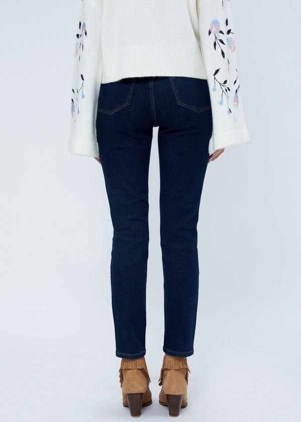 Зауженные джинсы с клепками - фото 3