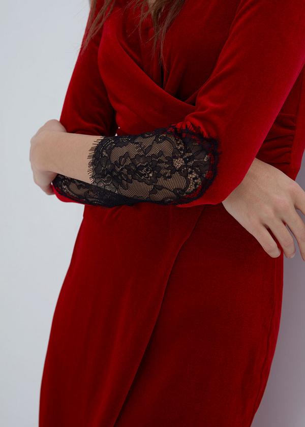 Платье-миди на запахе с кружевом - фото 2