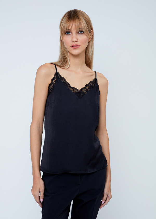 Blouse (top)
