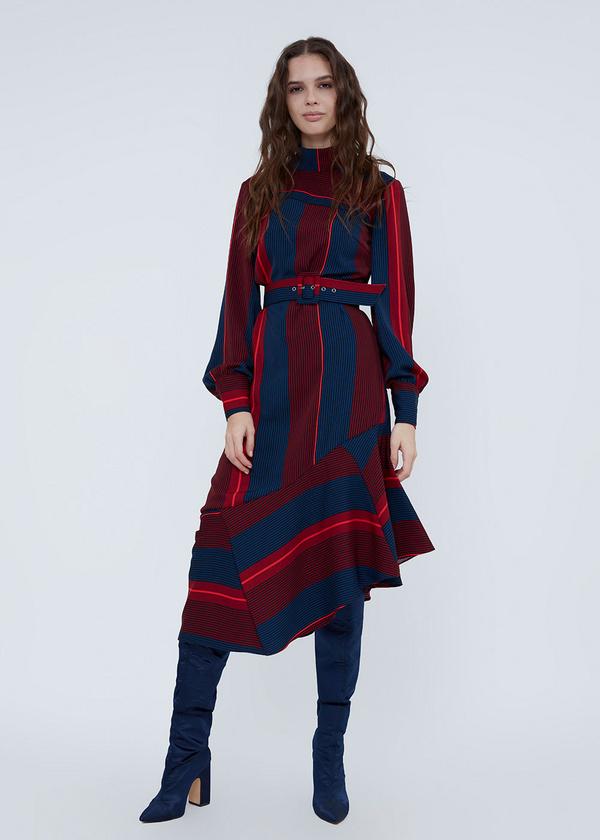 Платье с воротником-стойкой - фото 1