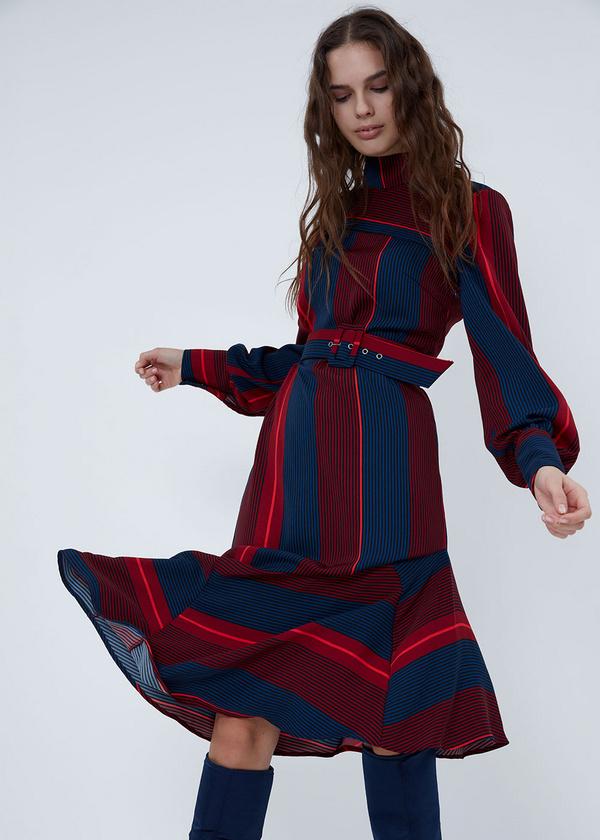 Платье с воротником-стойкой - фото 2