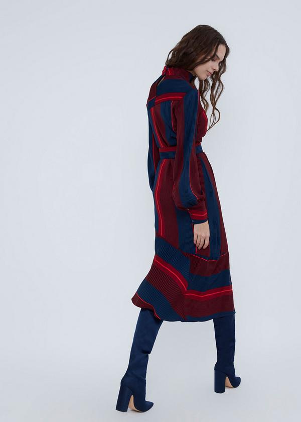 Платье с воротником-стойкой - фото 5