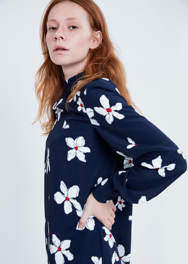 Платье цветочный принт с завязками на спине - фото 5
