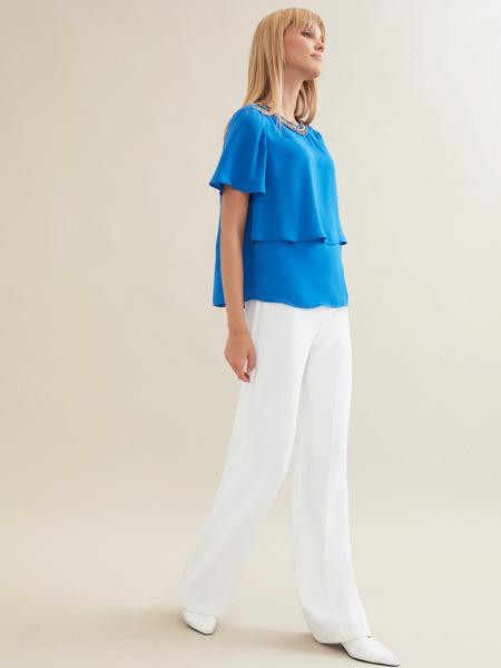 Блузка с декорированной горловиной - фото 5
