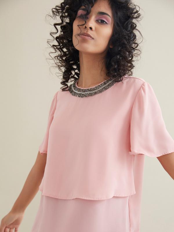 Блуза с декорированной горловиной - фото 2