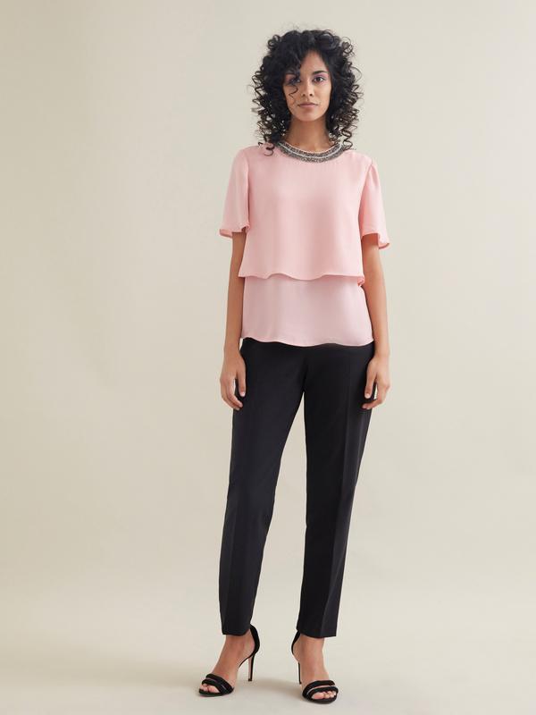 Блуза с декорированной горловиной - фото 4