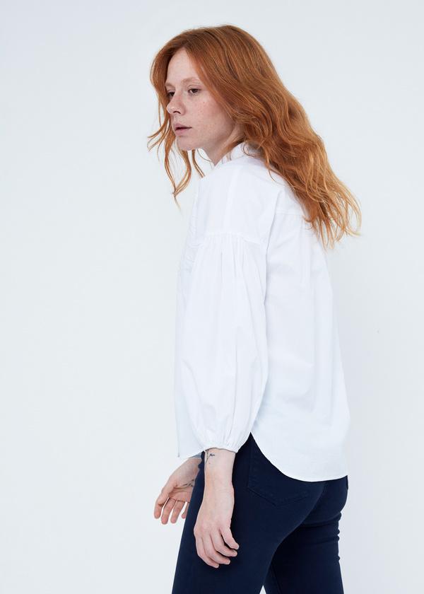 Блузка с декорированной вышивкой - фото 4