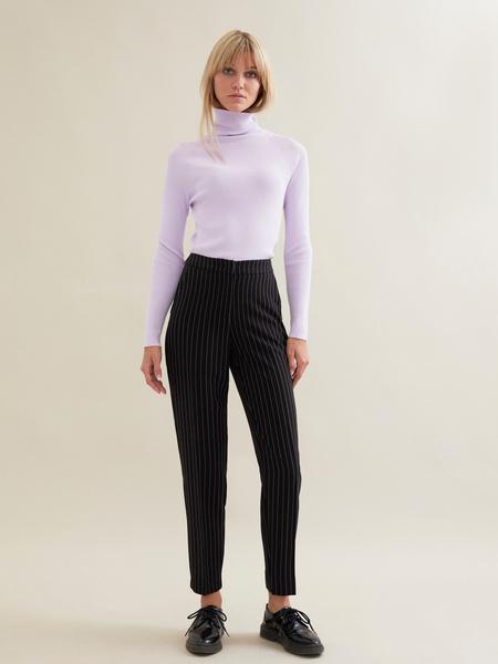 Зауженные брюки в полоску - фото 2