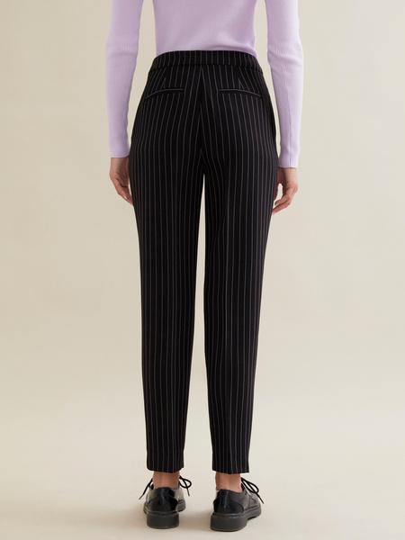 Зауженные брюки в полоску - фото 4
