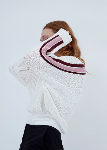 Джемпер крупной вязки со спущенной линией плеча - фото 3