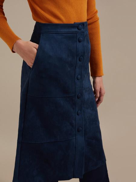 Замшевая юбка-миди с пуговицами - фото 2