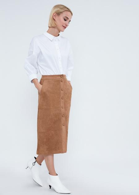 Замшевая юбка-миди с пуговицами - фото 6