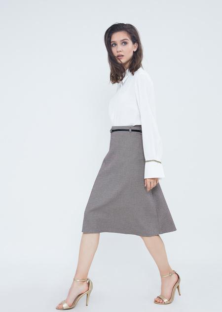 Расклешенная юбка-миди с ремешком - фото 1