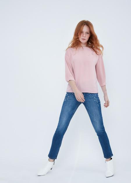 Укороченные джинсы со стразами и бусинами - фото 5