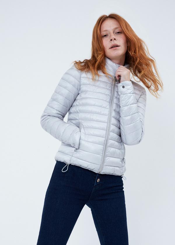 Стеганая куртка с застегивающимся воротником - фото 2