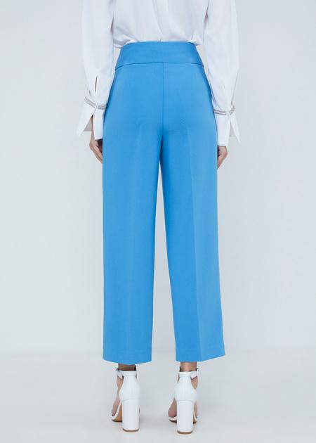 Укороченные брюки с защипами - фото 4