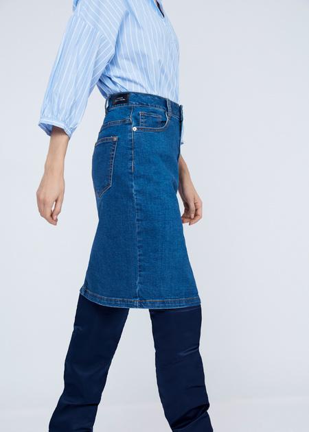 Облегающая юбка из денима - фото 3