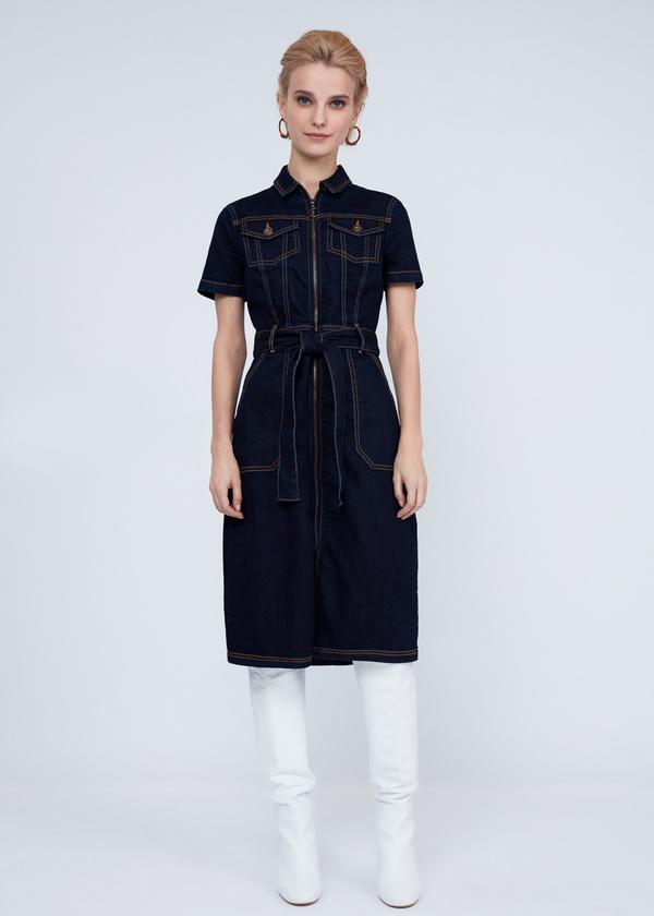Джинсовое платье с молнией и поясом - фото 6