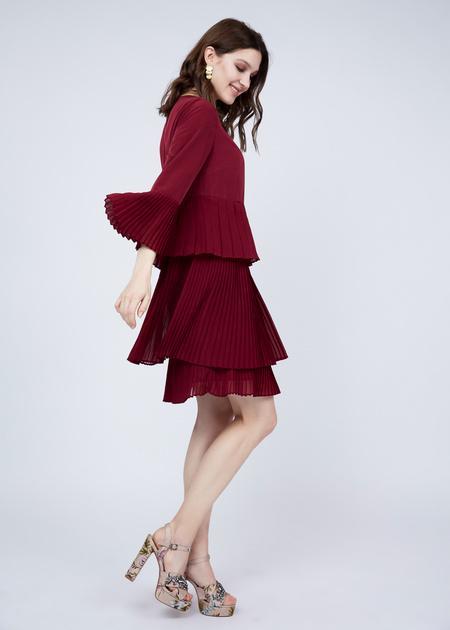Многоярусное платье с плиссированной юбкой - фото 2