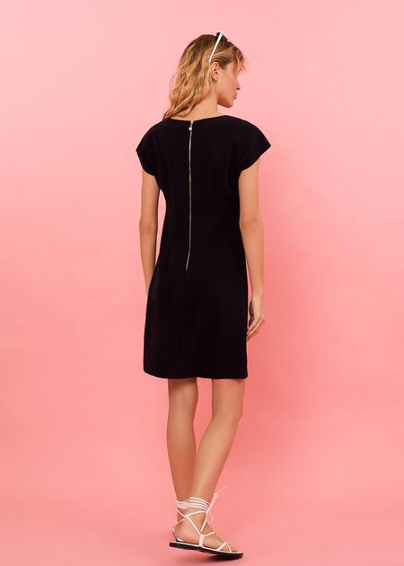 Платье-мини с плечами-ракушками - фото 6