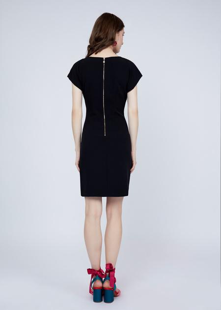 Платье-мини с плечами-ракушками - фото 8