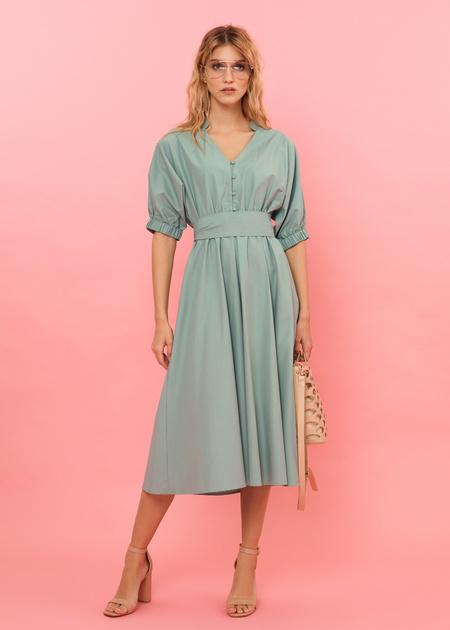 Платье-миди с поясом и пуговицами - фото 1
