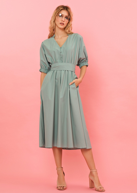 Платье-миди с поясом и пуговицами - фото 2