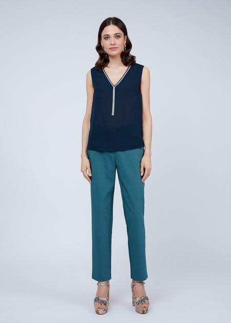 Блузка без рукавов с V-образным вырезом - фото 3