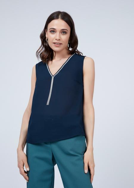 Блузка без рукавов с V-образным вырезом - фото 4